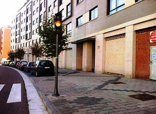 - Local en alquiler en calle Manuel Azaña, Parquesol en Valladolid - 185813038