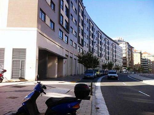- Local en alquiler en calle Manuel Azaña, Parquesol en Valladolid - 185813041