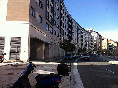 - Local en alquiler en calle Manuel Azaña, Parquesol en Valladolid - 185813044