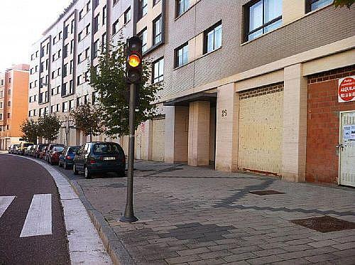 - Local en alquiler en calle Manuel Azaña, Parquesol en Valladolid - 185813047