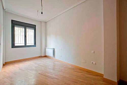 - Piso en alquiler en calle Blasón, Carabanchel en Madrid - 260572277