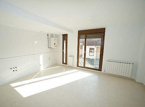 - Dúplex en alquiler en calle Subida a la Iglesia, Valdeolmos - 211568957