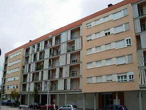 - Local en alquiler en calle De Elorriaga, Salburua en Vitoria-Gasteiz - 195645912