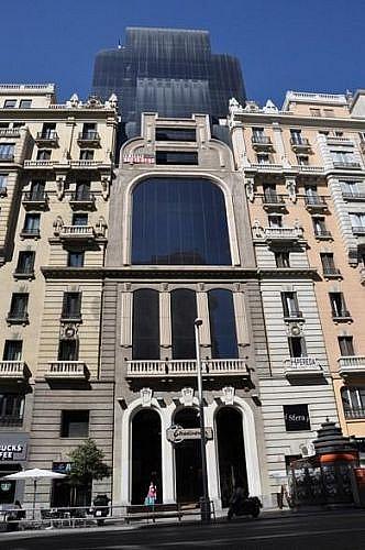 Garaje en alquiler en calle Gran Via, Centro en Madrid - 347050509