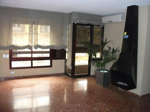 Piso en alquiler en calle Pacual y Genis, Ciutat vella en Valencia - 42045747
