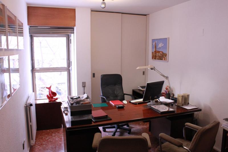 Oficina en alquiler en calle poeta querol ciutat vella en for Oficinas corte ingles valencia