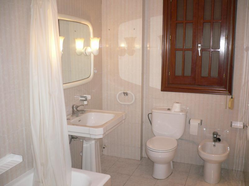 Piso en alquiler en calle Jativa, Ciutat vella en Valencia - 107111876