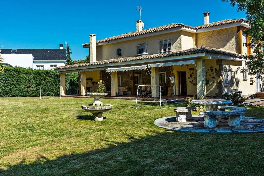 Casa en alquiler en Boadilla del Monte - 313272619
