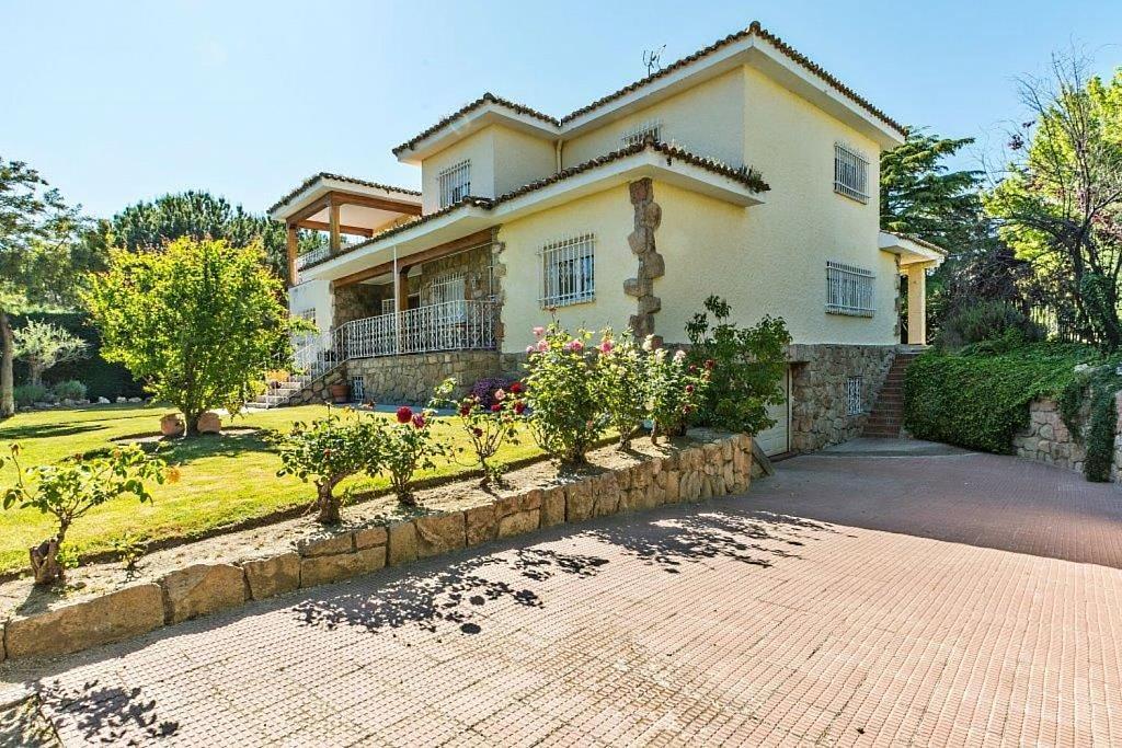 Casa en alquiler en Boadilla del Monte - 313272625