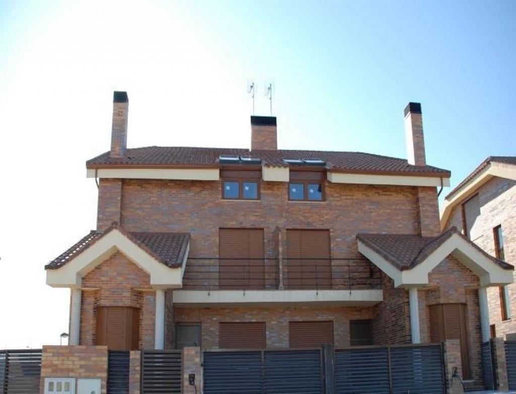Casa adosada en alquiler en Villanueva de la Cañada - 317171735