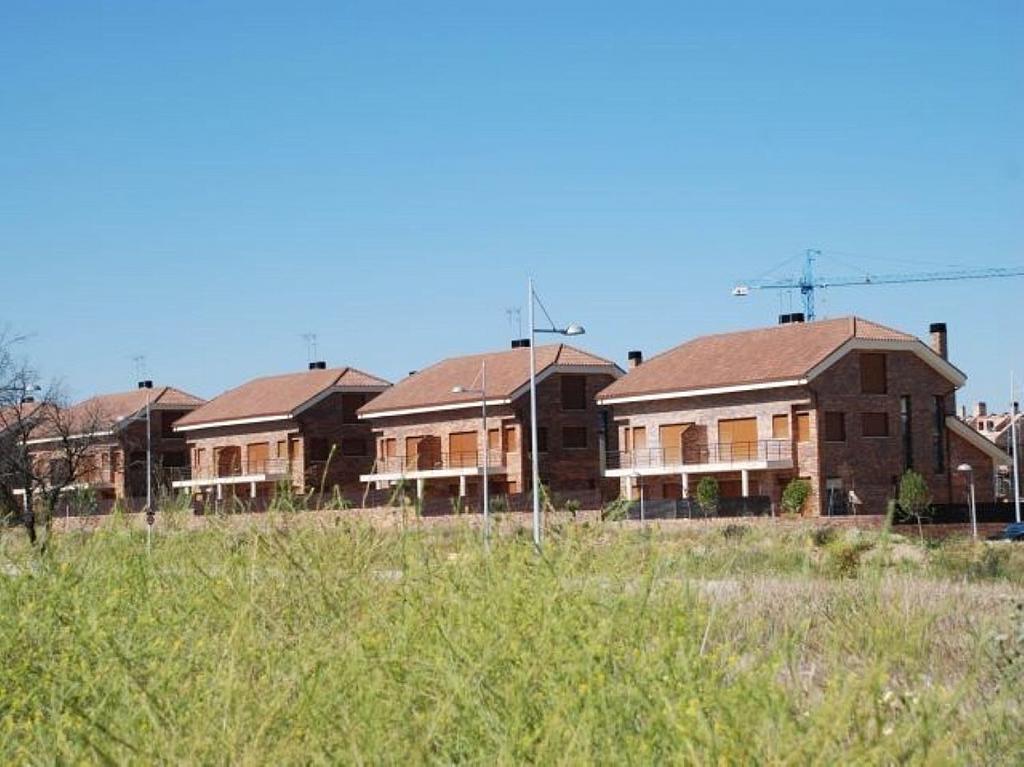 Casa adosada en alquiler en Villanueva de la Cañada - 317171738