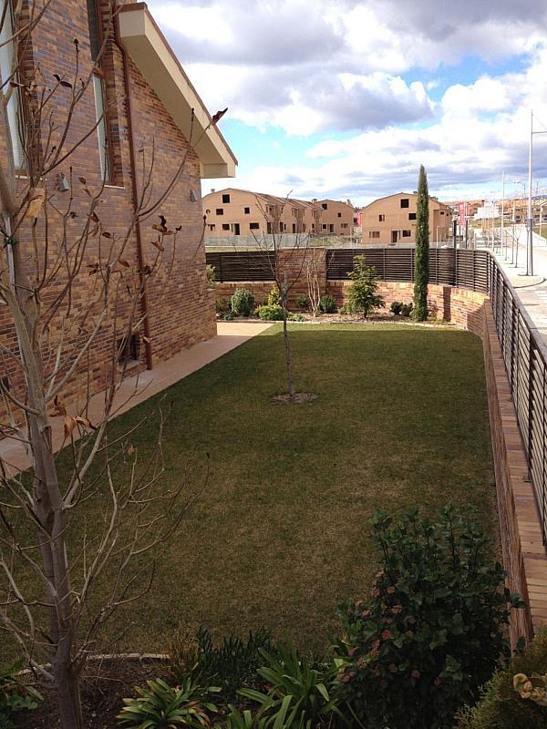Casa adosada en alquiler en Villanueva de la Cañada - 317171741