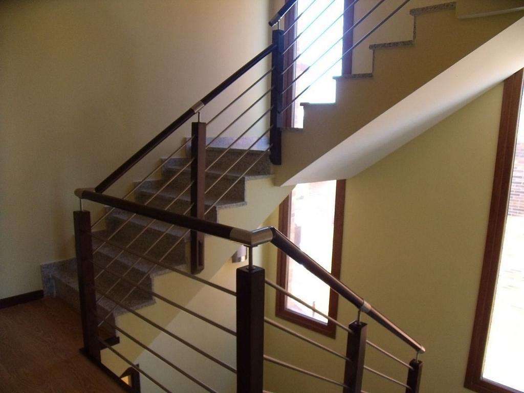 Casa adosada en alquiler en Villanueva de la Cañada - 317171765