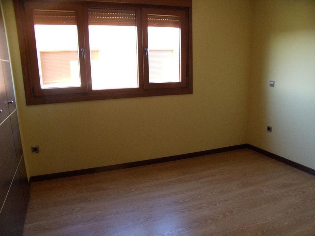 Casa adosada en alquiler en Villanueva de la Cañada - 317171783