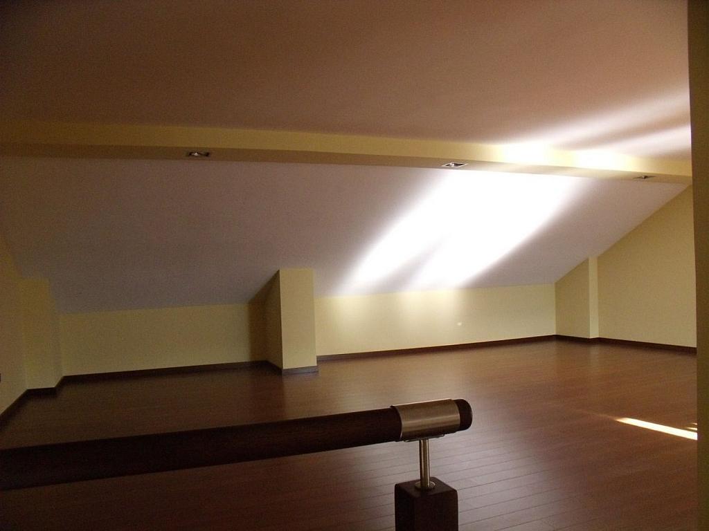 Casa adosada en alquiler en Villanueva de la Cañada - 317171792