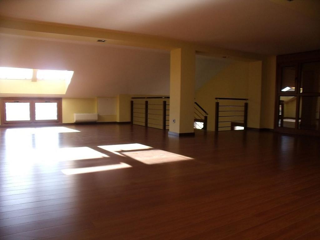 Casa adosada en alquiler en Villanueva de la Cañada - 317171798