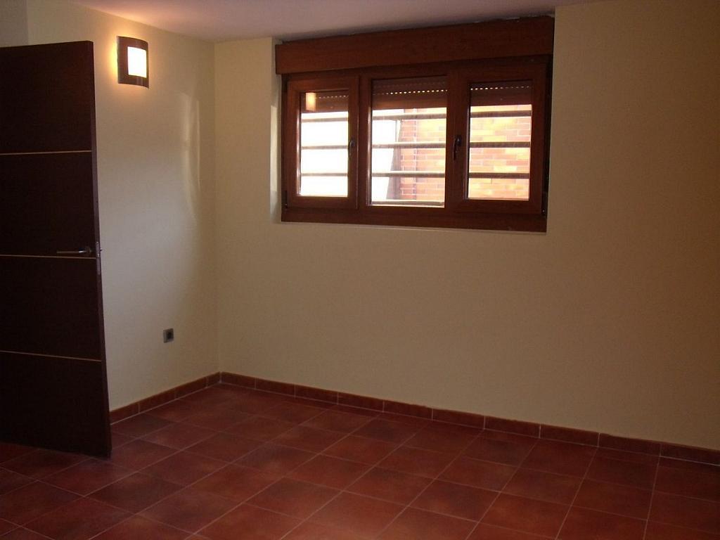 Casa adosada en alquiler en Villanueva de la Cañada - 317171801