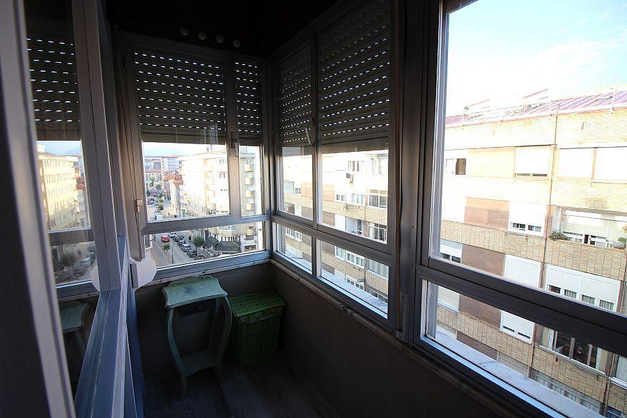 Piso en alquiler en Barrio la Inmobiliaria en Torrelavega - 327196600