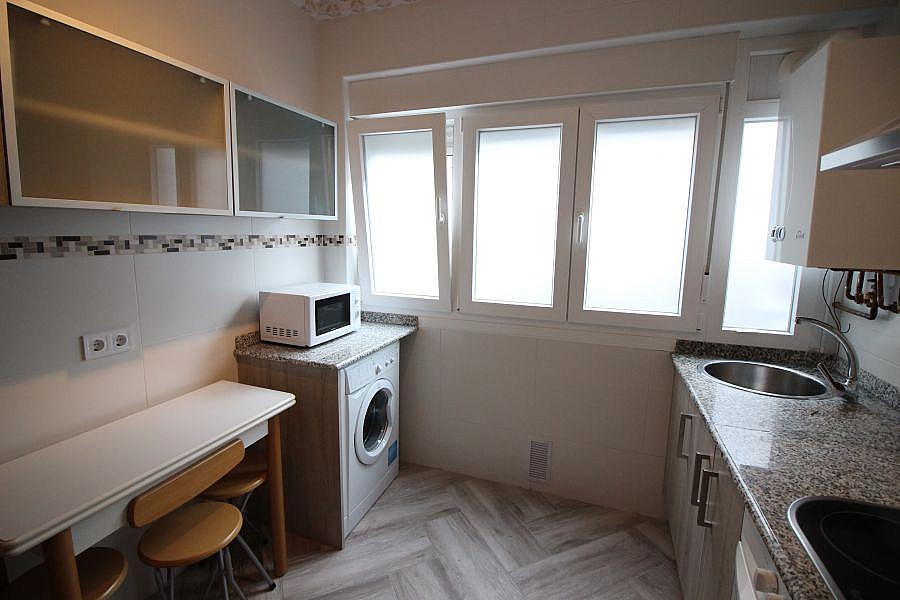 Piso en alquiler en Barrio la Inmobiliaria en Torrelavega - 327196881
