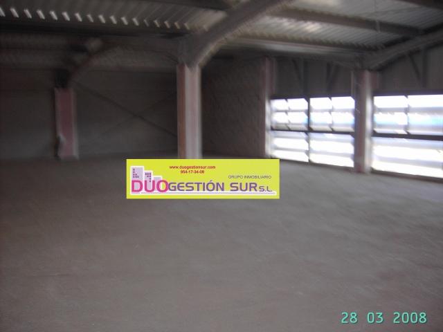 Nave industrial en alquiler en Mairena del Aljarafe - 46946624