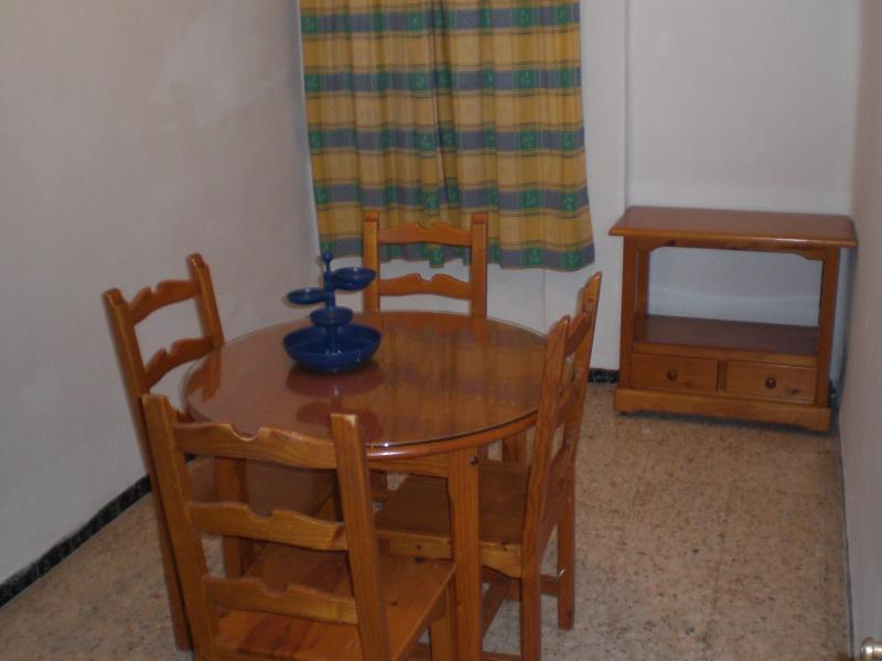 Dormitorio - Piso en alquiler en San Juan de Aznalfarache - 53197062