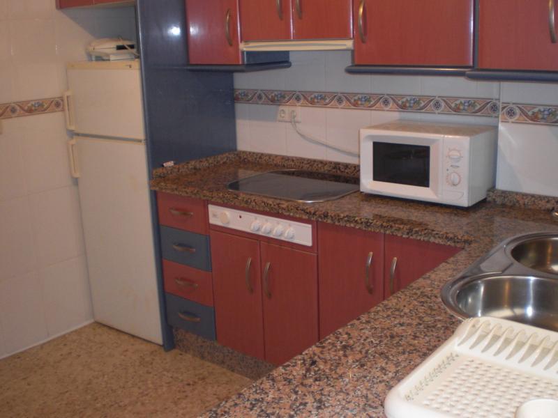 Dormitorio - Piso en alquiler en San Juan de Aznalfarache - 53197065