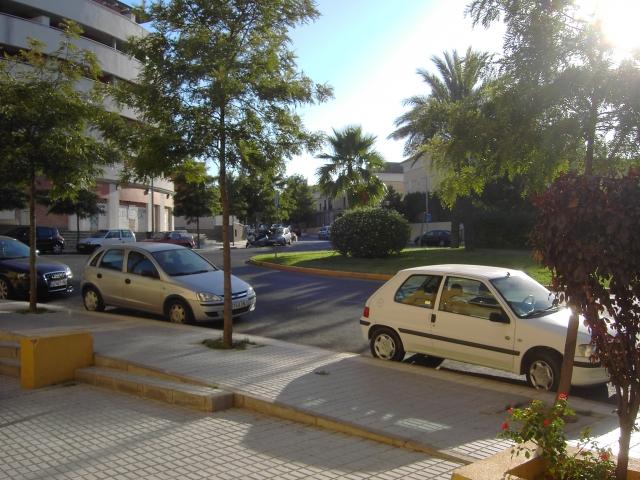 VISTAS - Local comercial en alquiler en San Juan de Aznalfarache - 32151583