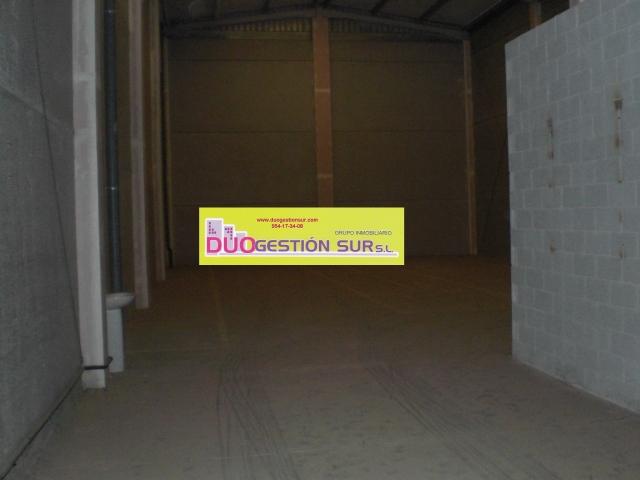 Nave industrial en alquiler en Mairena del Aljarafe - 46946616