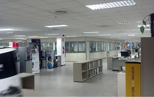 Imagen sin descripción - Oficina en alquiler en Barcelona - 320444118
