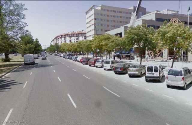 Local en alquiler en calle Sevilla Este, Av. Ciencias-Emilio Lemos en Sevilla - 56038489