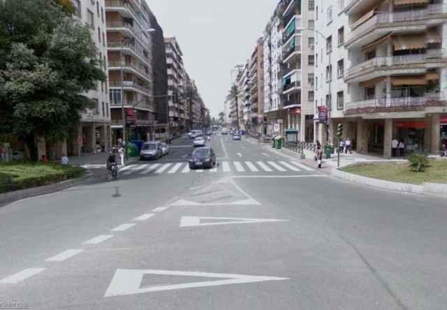 Local en alquiler en calle Los Remedios, Los Remedios en Sevilla - 56146788