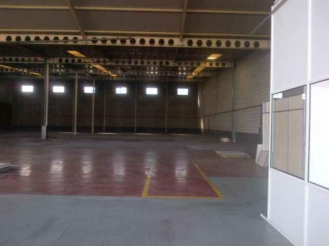 Nave industrial en alquiler en calle Carretera de Malaga, Este - Alcosa - Torreblanca en Sevilla - 97745488
