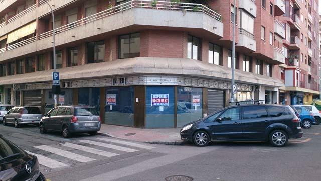 Fachada - Local comercial en alquiler en calle Sebastian Elcano, Sevilla - 122093547