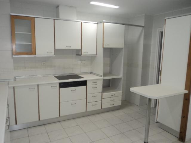 Piso en alquiler en calle Luis Santangel, L´Eixample en Valencia - 115936547