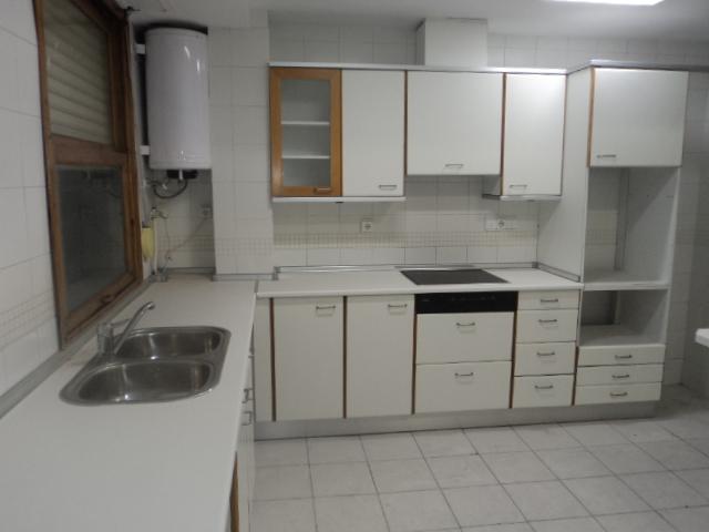 Piso en alquiler en calle Luis Santangel, L´Eixample en Valencia - 115936548