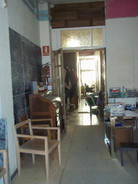 Bajo en alquiler en calle Denia, L´Eixample en Valencia - 121151109