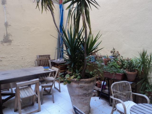 Bajo en alquiler en calle Denia, L´Eixample en Valencia - 121151128