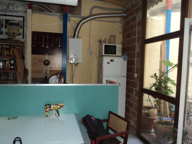 Bajo en alquiler en calle Denia, L´Eixample en Valencia - 121151137