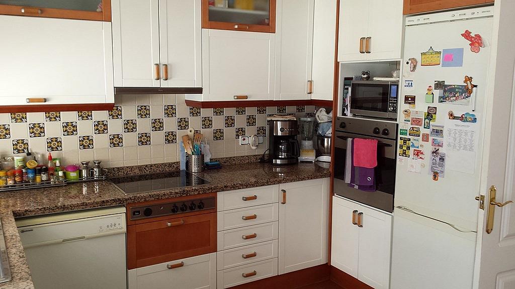 Chalet en alquiler en calle Passeis Maria Cristina, Mas Rovira en Vallirana - 144887883
