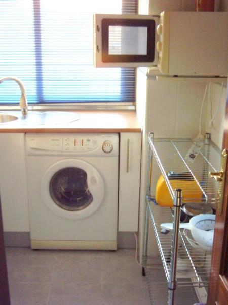 Apartamento en alquiler en calle Monserrat, El Molinillo-Capuchinos (Alameda de Barcelo) en Málaga - 51123759