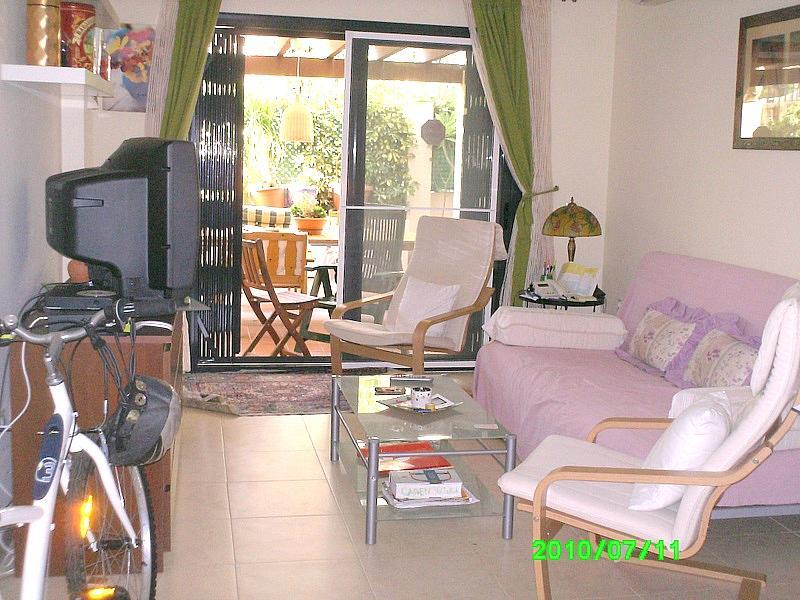 Salón - Bajo en alquiler en calle Sillares, Benajarafe - 148509122