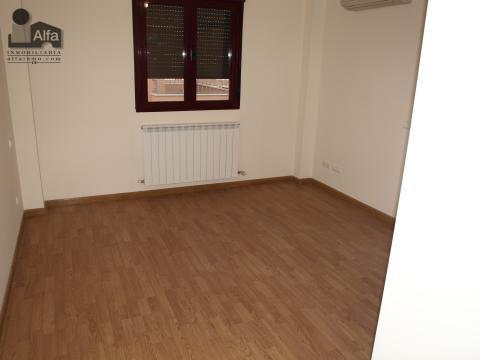 Dormitorio - Casa pareada en alquiler opción compra en calle Aurora, Moraleja del Vino - 46931849