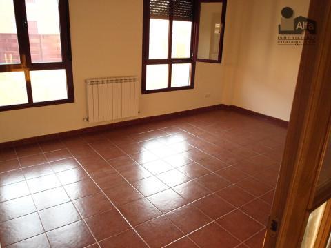 Salón - Casa pareada en alquiler opción compra en calle Aurora, Moraleja del Vino - 46931886