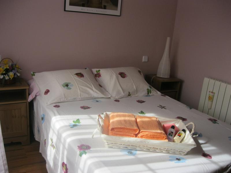Dormitorio - Casa rural en alquiler de temporada en calle Aquiles, Sacedón - 84869292