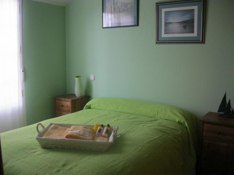 Dormitorio - Casa rural en alquiler de temporada en calle Aquiles, Sacedón - 84869313
