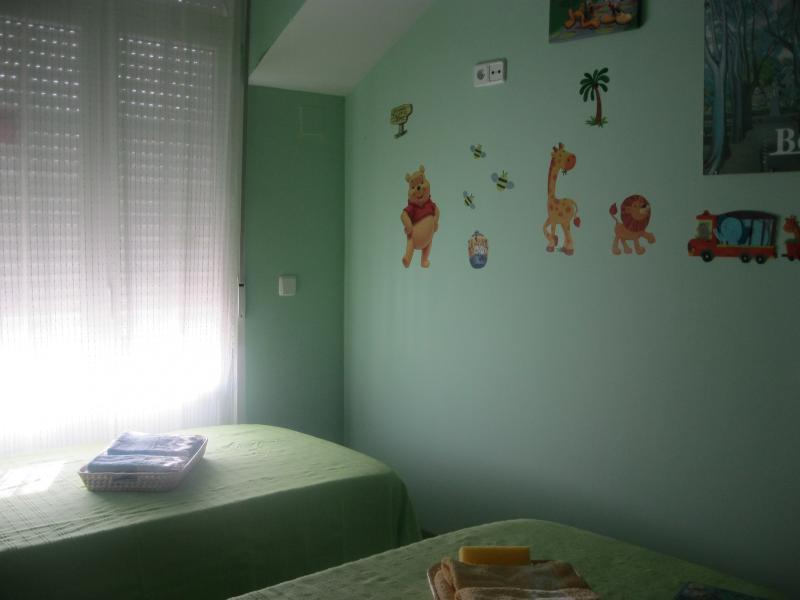 Dormitorio - Casa rural en alquiler de temporada en calle Aquiles, Sacedón - 84869335