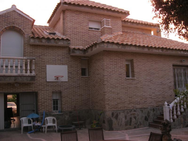 Fachada - Casa rural en alquiler de temporada en calle Aquiles, Sacedón - 84869514