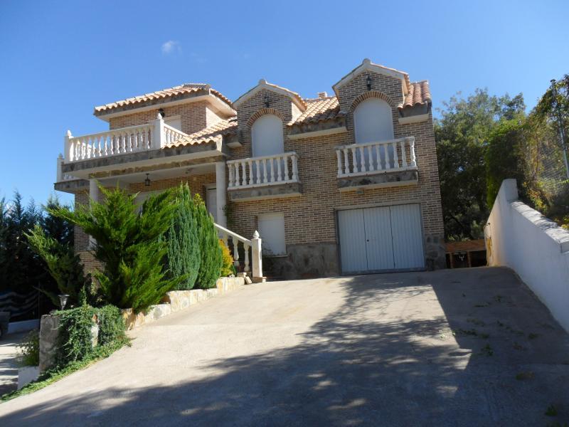 Fachada - Casa rural en alquiler de temporada en calle Aquiles, Sacedón - 84870234