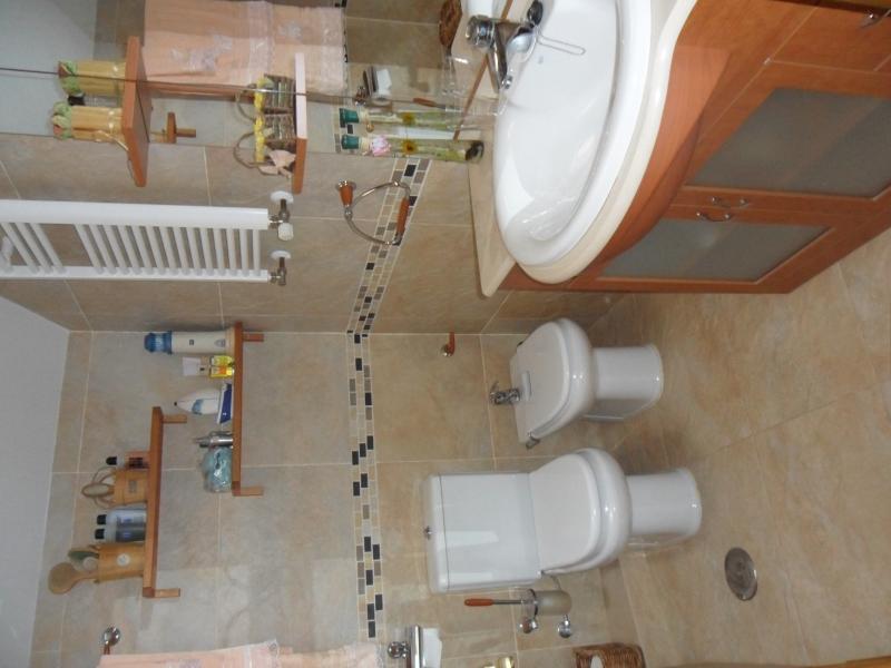 Baño - Casa rural en alquiler de temporada en calle Aquiles, Sacedón - 84870377