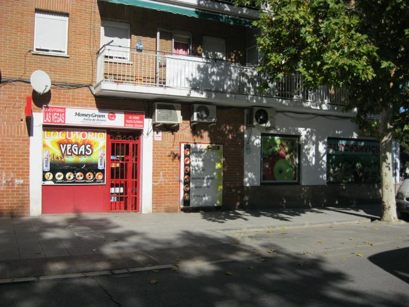 Fachada - Local en alquiler en calle Pintor Rafael Boti, San Martín de la Vega - 123290297